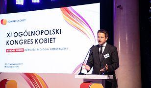 """XI Ogólnopolski Kongres Kobiet. Rafał Trzaskowski: """"Moja żona nie chce ode mnie kwiatów"""""""
