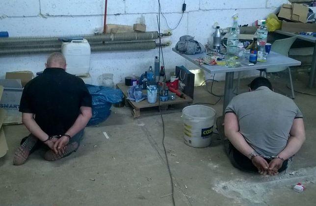 CBŚP zlikwidowało nielegalne fabryki papierosów. Straty państwa: ok. 30 mln zł [WIDEO]
