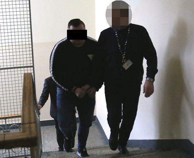 Warszawa. Dopadli fałszywego policjanta. 34-latek za kratami