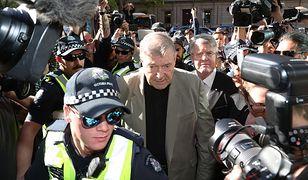 Kardynał George Pell wprost z sali sądowej trafił do aresztu