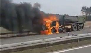 Amerykańska wojskowa cysterna stanęła w ogniu na A2