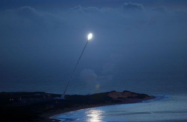 Start rakiety RIM-161 Standard Missile 3, którą Amerykanie mogą strącać obiekty na orbicie