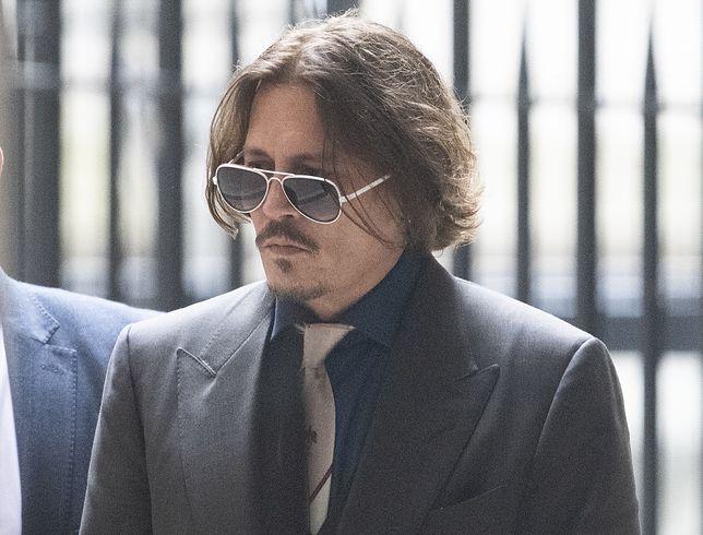 Johnny Depp w drodze do sądu