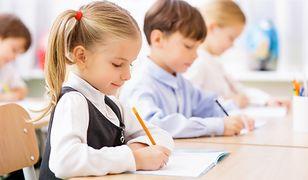 O czym dzieci czytają w szkolnych podręcznikach?