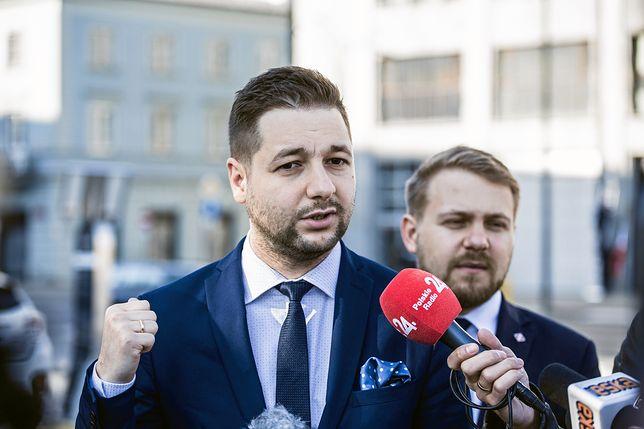 """Patryk Jaki: """"Gronkiewicz-Waltz traktuje samorząd, jak swój prywatny folwark"""""""