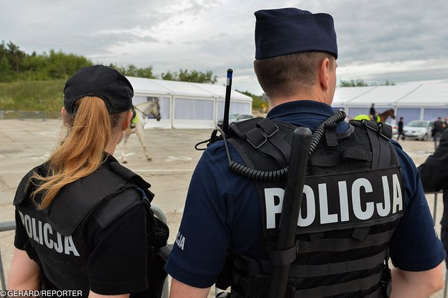 Toruń. Policja eskortowała do szpitala rodzącą kobietę