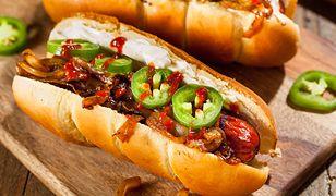 Wegetariańskie hot-dogi są coraz częściej dostępne w Polsce.