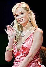 Paris Hilton znów nagrywa