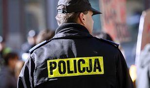 Nowe mundury dla policjantów. Będą furażerki