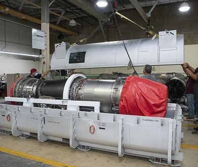 NASA pokazała silnik do naddźwiękowego samolotu X-59