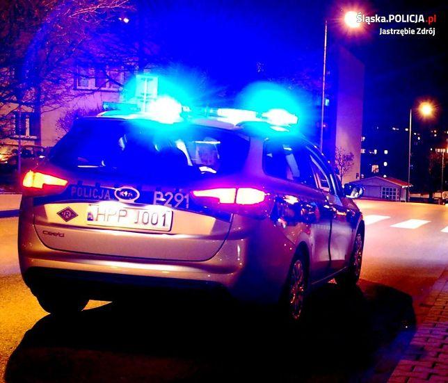 Jastrzębie Zdrój. Po dwóch miesiącach policjanci zatrzymali sprawcę kradzieży rozbójniczej.