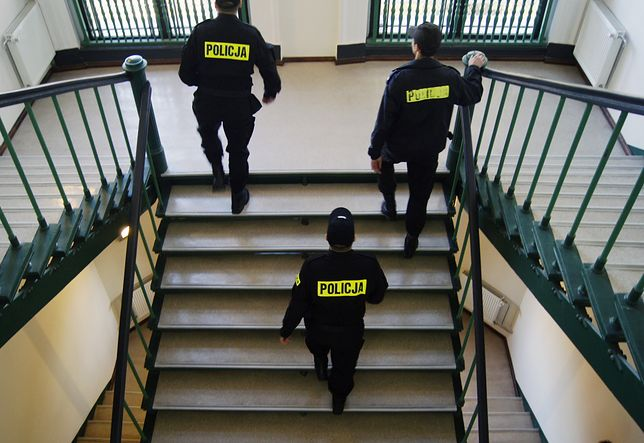 Warszawa. Policjanci zatrzymali nastoletnich sprawców napadu