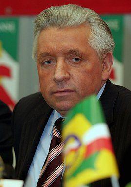 Andrzej Lepper: zablokujemy drogi w południe