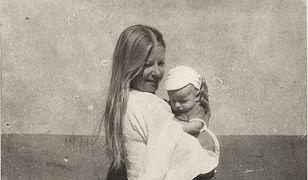 Barbara Stuhr z synem. Zdjęcie pochodzi z archiwum prywatnego Macieja Stuhra