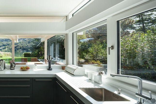 Funkcjonalne, piękne i trwałe okna. Nowoczesne modele 46 proc. taniej