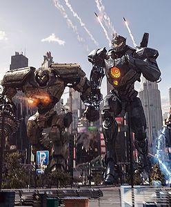 """""""Pacific Rim: Rebelia"""" na czele box office. Wielkie roboty walczące z potworami podbiły Amerykę."""