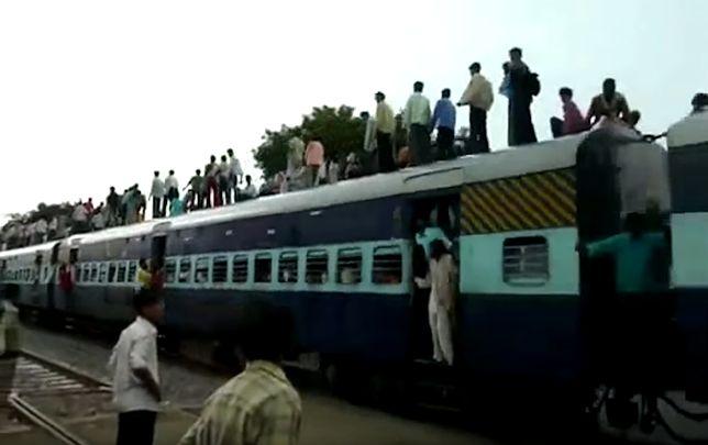 Katastrofa pociągu w Indiach