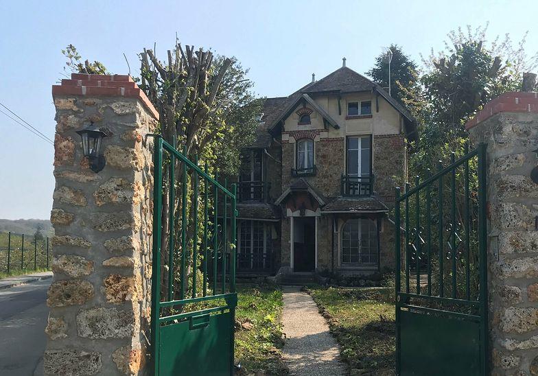 Dom Skłodowskiej-Curie wystawiony na sprzedaż. Kosztuje majątek