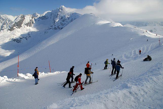 Zagrożenie lawinowe w Tatrach i Karkonoszach. Turyści muszą zachować szczególną ostrożność