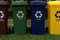 Aplikacja usprawni odbiór śmieci w Kielcach. Wymyślili ją licealiści - Licealiści z Kielc opracowali specjalne oprogramowanie. Apka usprawni odbiór śmieci