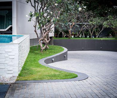 Granitowe nawierzchnie w ogrodzie. Co musisz o nich wiedzieć?