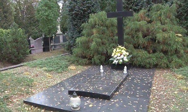 Poznajcie niezwykłą historię Cmentarza Bródnowskiego [WIDEO]