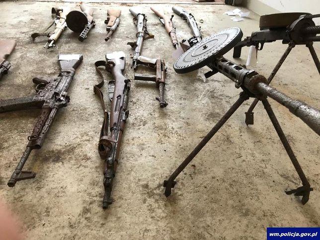 Braniewo. Nielegalnie posiadanie broni z II wojny światowej. Zatrzymania i tymczasowy areszt