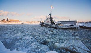 Rosja chce chronić Arktykę. Wybuduje 12 statków