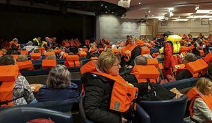 Na pokładzie było blisko 1,5 tys. osób
