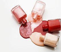Jakie kolory paznokci będą modne jesienią?
