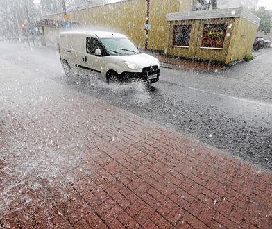 IMGW ostrzega: fatalne warunki drogowe
