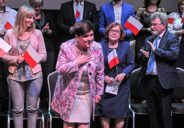 Wicepremier Beata Szydło podczas spotkania otwartego z mieszkańcami Wieliczki, dzień po konwencji PiS.