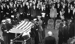 Śmierć Johna F. Kennedy'ego do dziś wywołuje kontrowersje