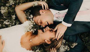 Millenialsi zrywają ze ślubną tradycją. Mamy na to dowody!