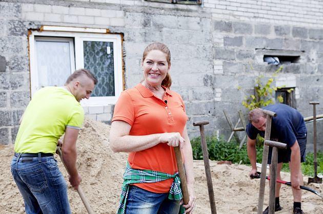 """""""Nasz nowy dom"""": Katarzyna Dowbor remontuje domy i pomaga ludziom"""