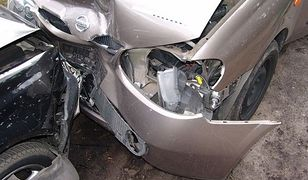 Ubezpieczalnie oszczędzają na kierowcach