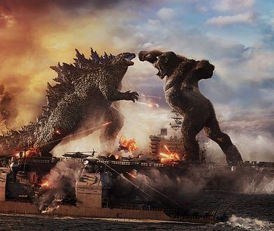 """""""Godzilla vs Kong"""", czyli walcząc na zgliszczach. Dla takich filmów kina powinny stać otworem [RECENZJA]"""
