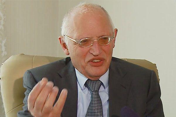 Guenter Verheugen: Polska politycznie jednym z czołowych krajów UE
