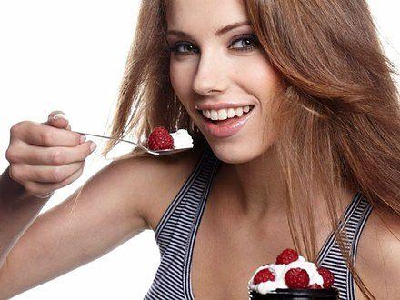 Jedz tylko przez 8 godzin dziennie i chudnij