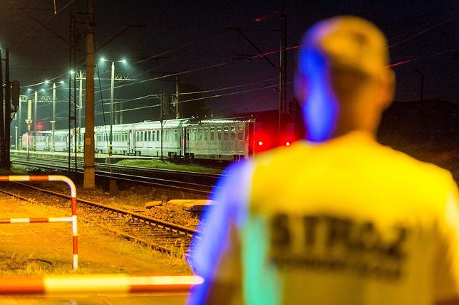 Pociąg utknął na siedem godzin po alarmie bombowym. Ostatecznie nic nie znaleziono