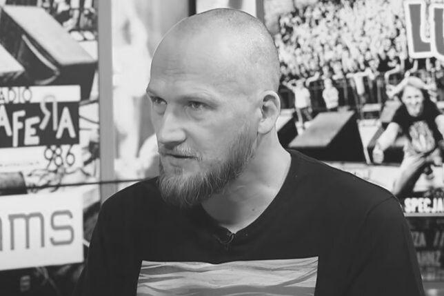 """Nie żyje Grzegorz """"Guzik"""" Guziński. Muzyk związany z zespołem Flapjack miał 45 lat"""