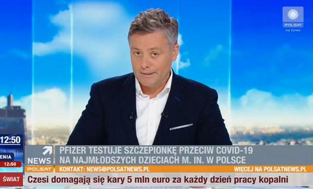 """Michał Cholewiński po raz pierwszy poprowadził poranny program Polsatu """"Nowy dzień""""."""