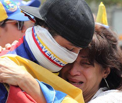 Ludzie wyszli na ulice wenezuelskich miast