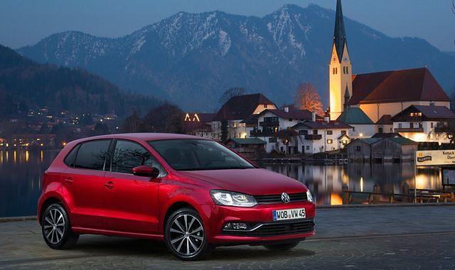 Przeszukania siedziby VW i domów pracowników w związku z aferą spalinową