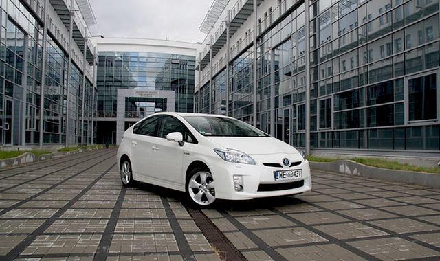 Toyota sprawdzi 1,9 mln Priusów