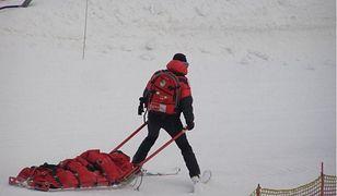 Dziecko uczyło się jeździć na nartach, kiedy wjechał w nie rozpędzony mężczyzna