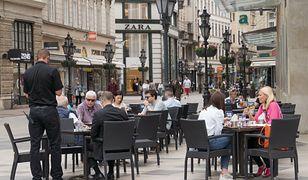 W niektórych krajach do restauracji wstęp mają tylko osoby zaszczepione lub ozdrowieńcy/ Zdjęcie ilustracyjne