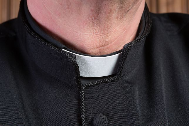 Ksiądz Łukasz P. podglądał dzieci w centrum handlowym