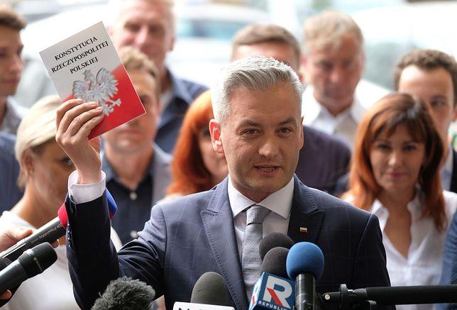 Robert Biedroń: Jadę na spotkanie En Marche! w parlamencie francuskim, będę tam miał wystąpienie.