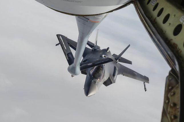 Norweskie F-35A po raz pierwszy tankowały w powietrzu. To była historyczna misja